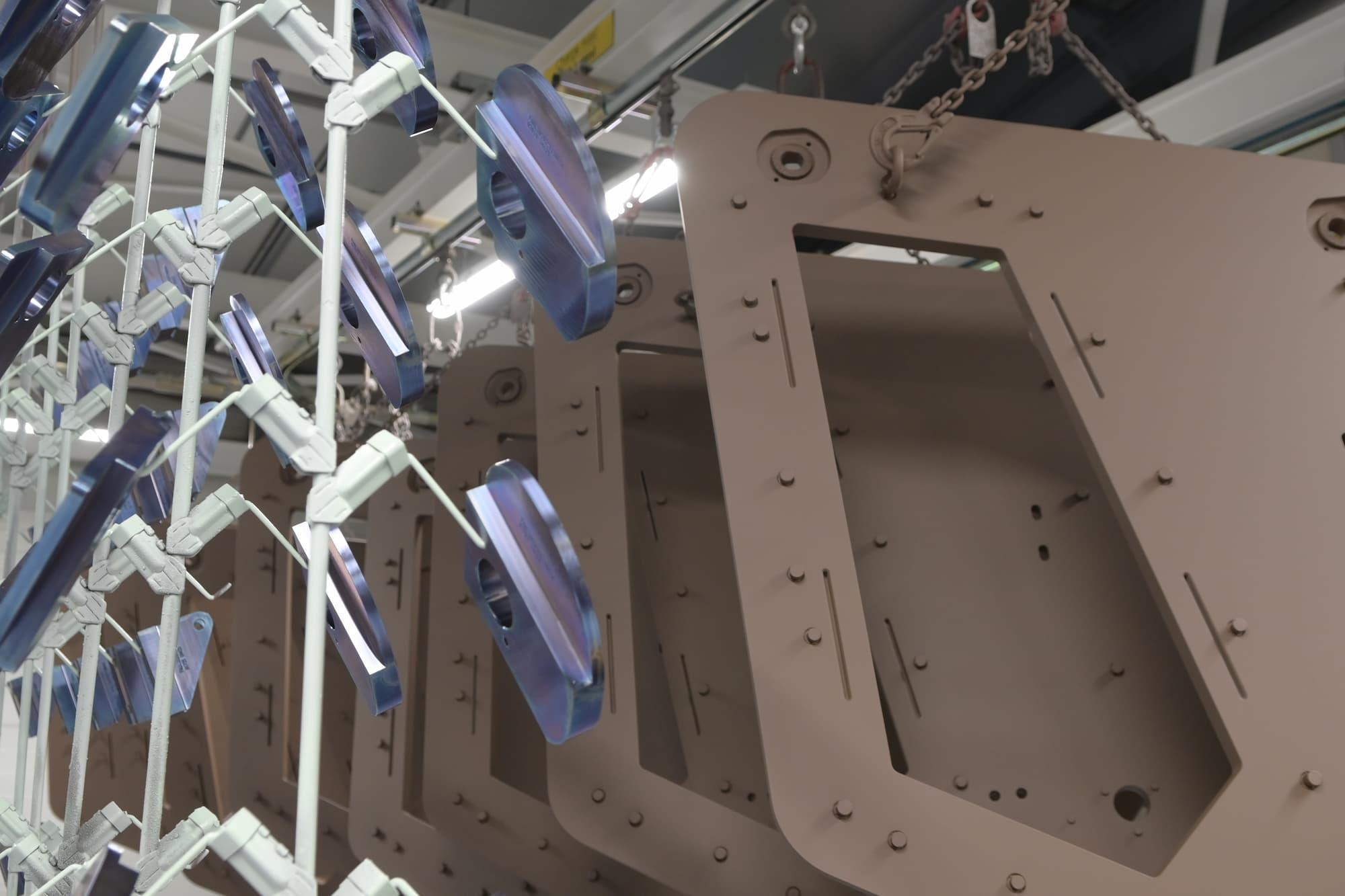 traitement peinture pièce sous-ensemble mécanique grande dimension - Conorm
